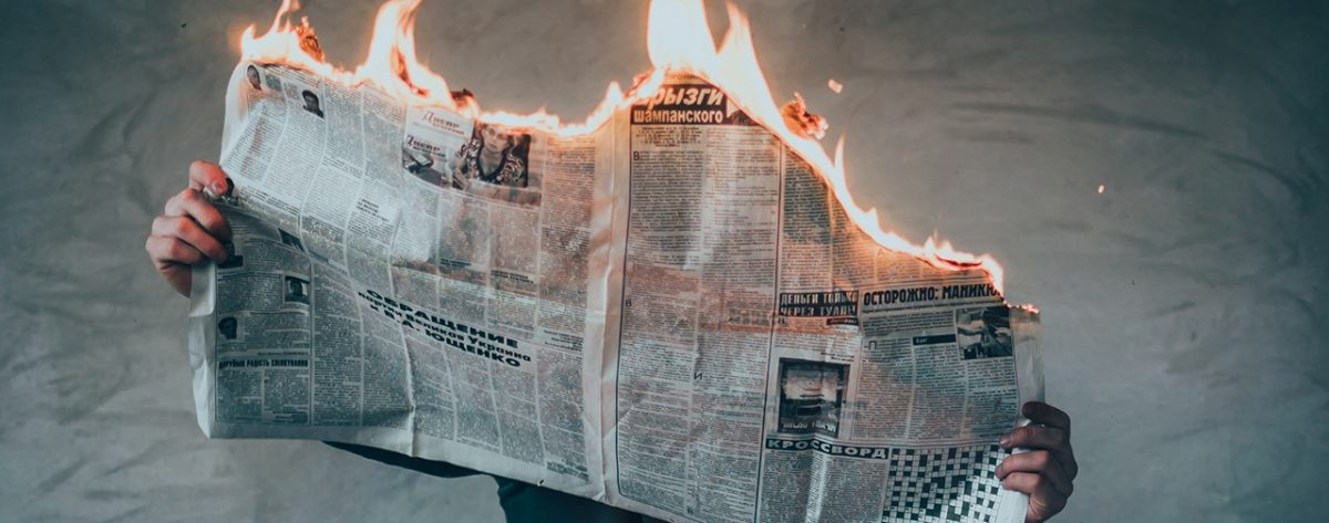 MediaAnalyzer-Studien-Medienkritik-Runtertakten-brennende-Zeitung header
