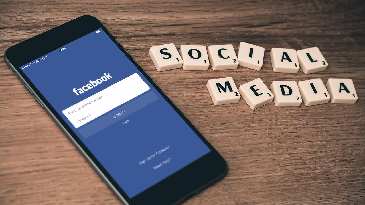 MediaAnalyzer-Studien-Facebook-Aenderung-Nutzung-Nutzungsverhalten-Social-Media-Smartphone