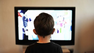 MediaAnalyzer-Studien-TV-Spot-Vergleich-Werbewirkungs-Duelle-Kind-fernsehen