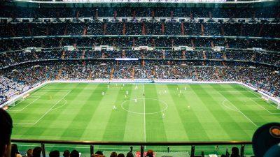 MediaAnalyzer-Studien-Werbewirkung-TV-Spots-Fussball-Werbepause-Stadion